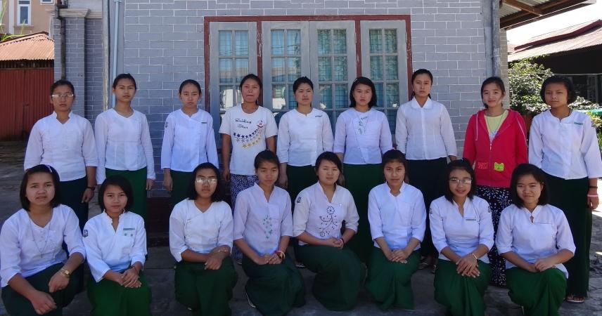 TAUNGGYI: Casa per gli studi