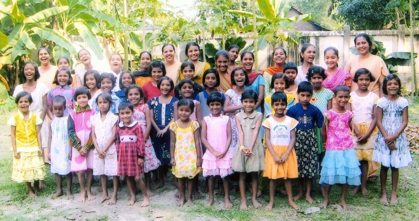 """BARASAT (W. B.) """"Sanjeevani Sadan"""" - Casa della Provvidenza per bambine di strada"""