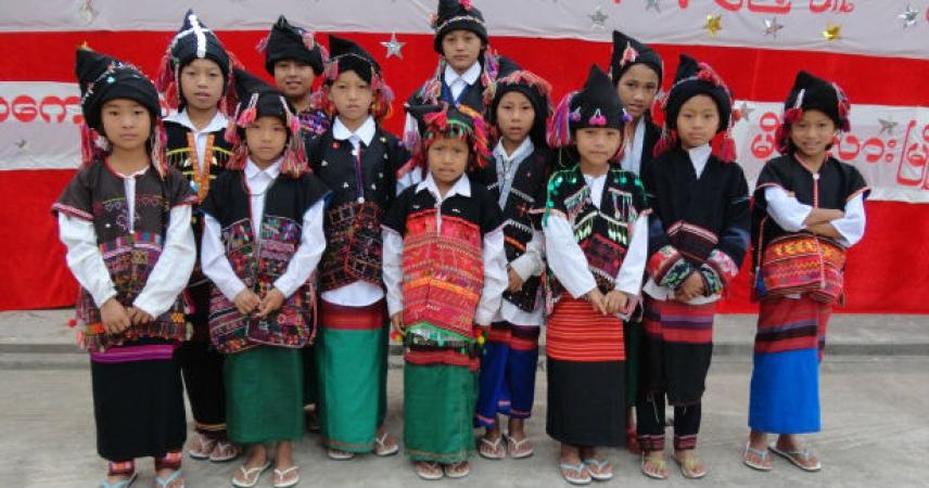 MOUNG LAR (Regione Speciale n° 4): Boarding - Scuola materna - Servizi pastorali