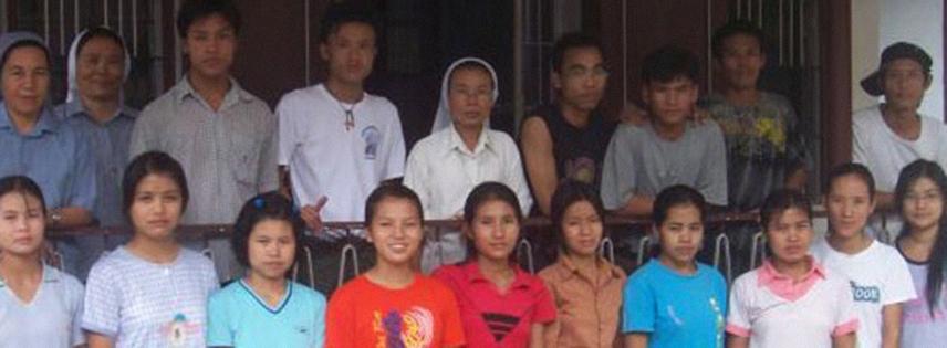 YANGON - Casa per gli studi e servizi vari